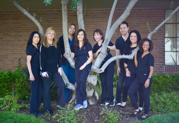 Outside pic of staff at Jeanette Thai, DDS, Lake Forest, CA